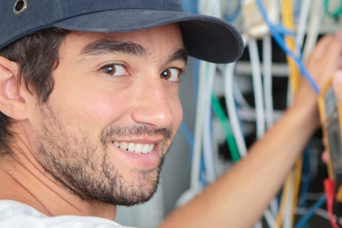 Consult an Electrical Contractor for Your Annual Budget Planning